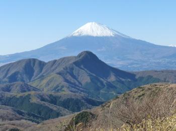12.2.21_15明神ヶ岳からの展望.jpg